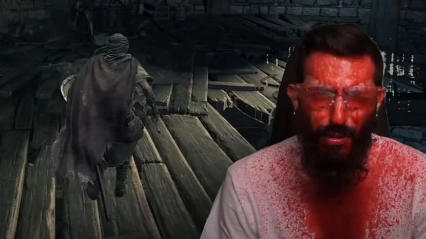 Dark Souls speler krijgt bloed in het gezicht telkens hij geraakt wordt