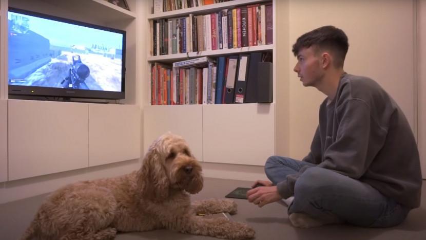 Deze hond heeft geleerd om Call of Duty: Warzone te spelen