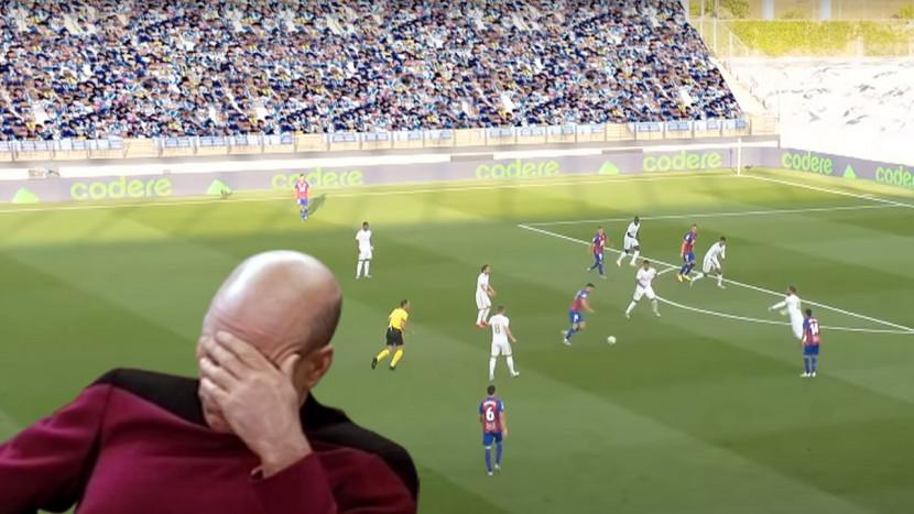 Fake publiek bij echte voetbalwedstrijden doet denken aan oude FIFA-games