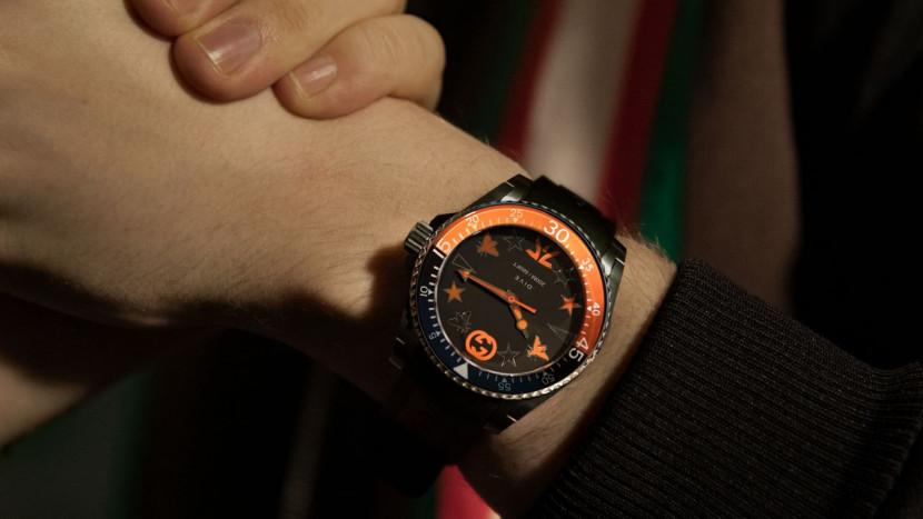 Gucci verkoopt een esports horloge van 1500 euro