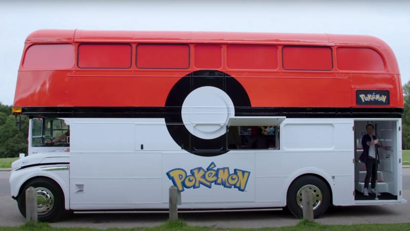 Nu weten we wat deze Pokémon bus in Londen deed