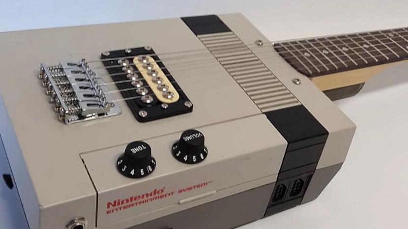 Te koop: NES-console omgebouwd tot elektrische gitaar