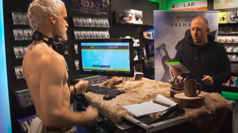 Techno Viking werkt bij Game Mania en verkoopt Assassin's Creed Valhalla