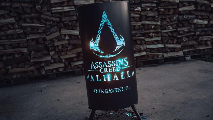 Win deze exclusieve Assassin's Creed Valhalla vuurkorf