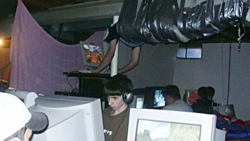 """Documentaire op komst over iconische """"duct-taped gamer"""""""