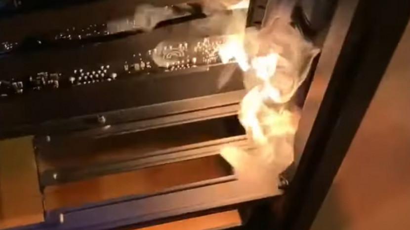 Fabrikant neemt eindelijk verantwoordelijkheid voor pc cases die in brand vliegen