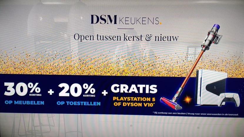 Oeps: DSM Keukens gebruikte fake PS5 in tv-reclame