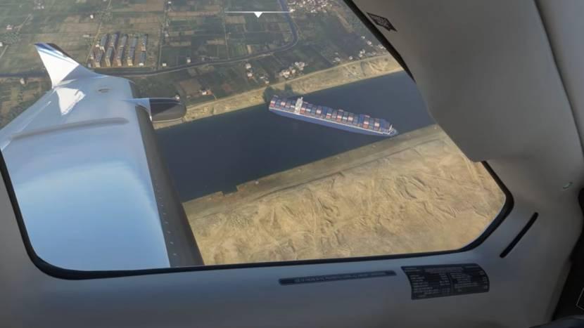 Ook in Microsoft Flight Simulator wordt het Suezkanaal nu geblokkeerd door een containerschip