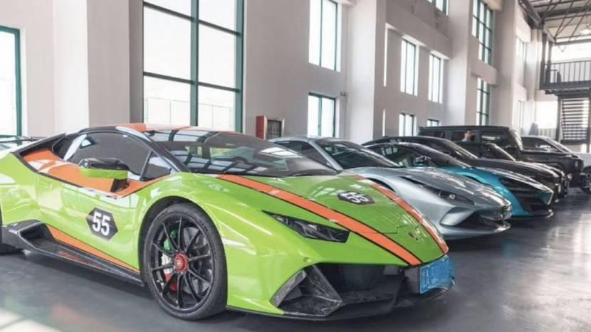 """Leden van """"grootste cheatbedrijf ter wereld"""" gearresteerd, hoop luxewagens in beslag genomen"""