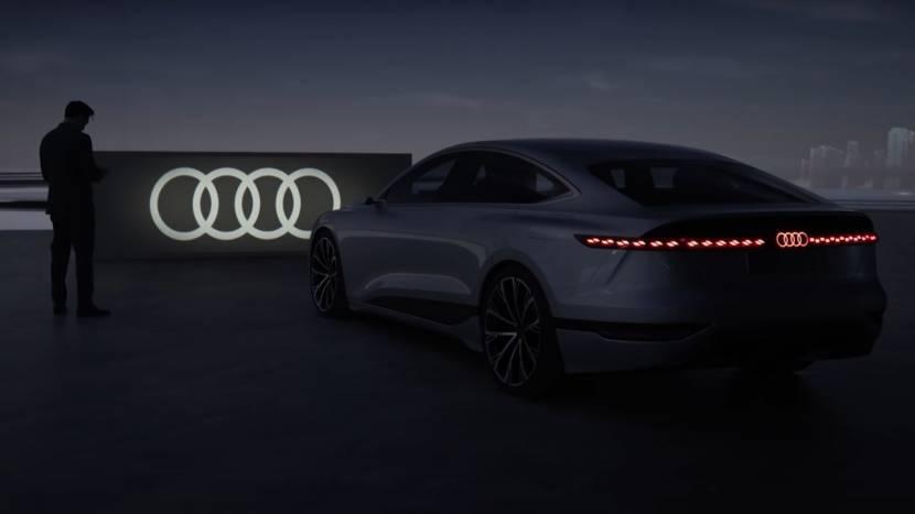Koplampen van nieuwe Audi conceptwagen kunnen games projecteren