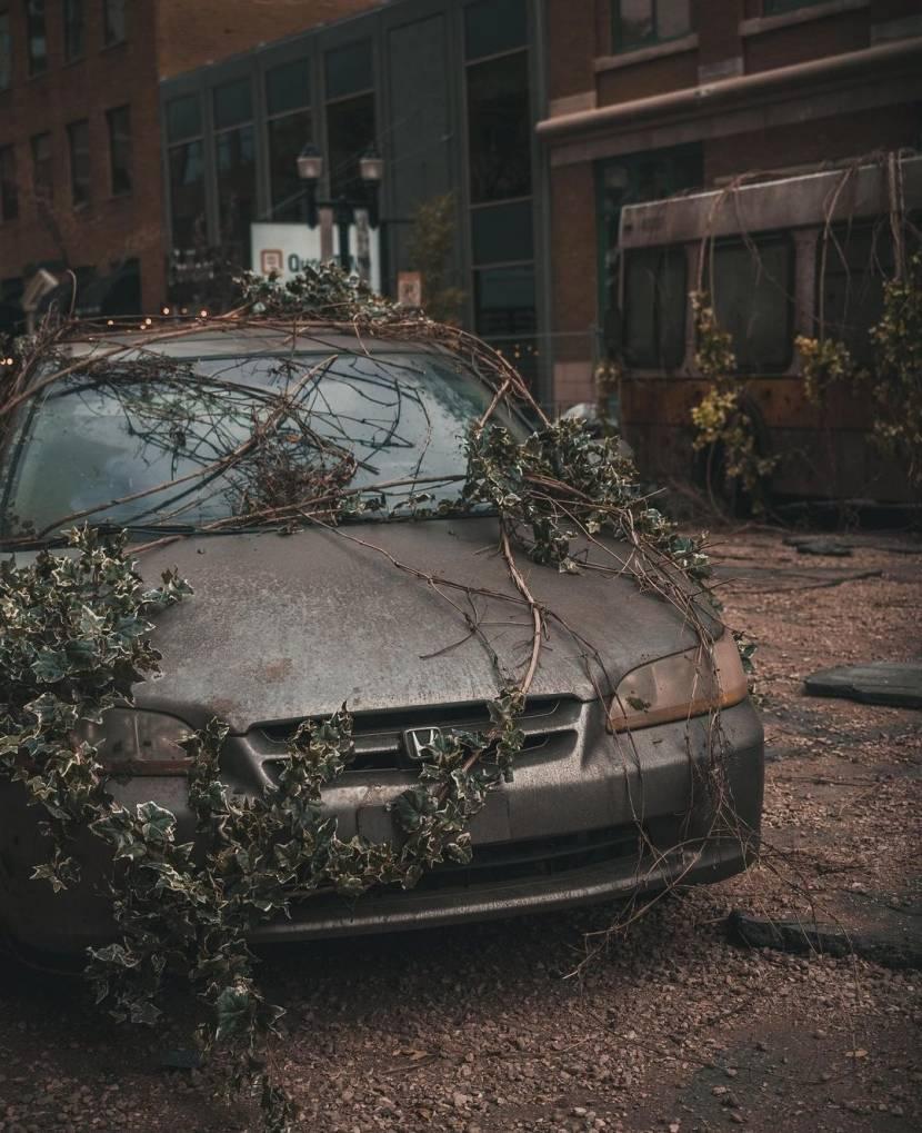 Foto's The Last of Us tv-serie tonen Joel en post-apocalyptische setting